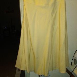 Cream zip up skirt